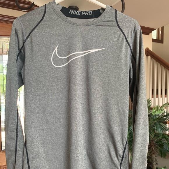 Nike Tops - Nike
